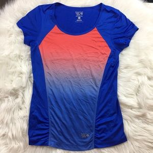 Mountain Hardware Short Sleeve Blue Ombre Top